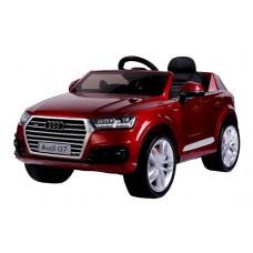 Audi Q7 (Red)