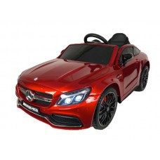 Mercedes C63 AMG (Red)